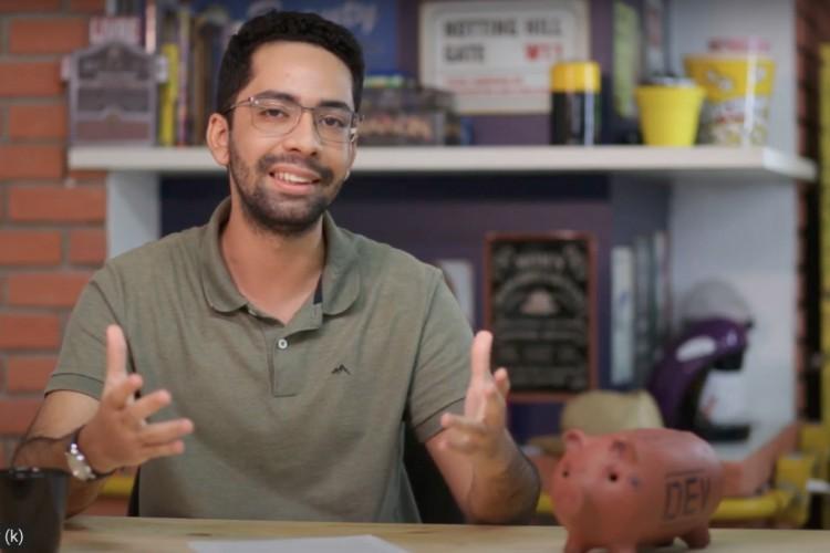 Samuel Pimentel, repórter de Economia e apresentador do Dei Valor do O POVO (Foto: Reprodução/Dei Valor)