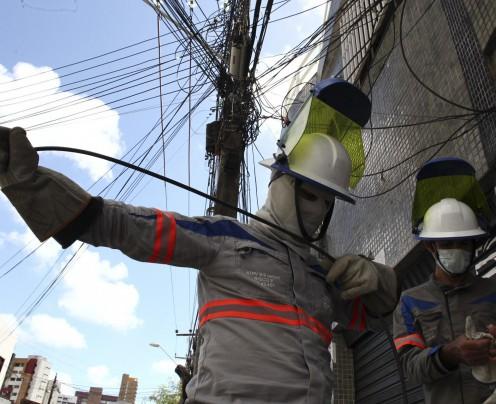 Enel realiza operação contra furto de energia elétrica nos bairros Mucuripe e Meireles