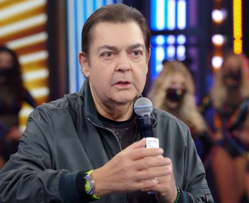 Globo antecipa saída de Faustão e Tiago Leifert assume tardes de domingo