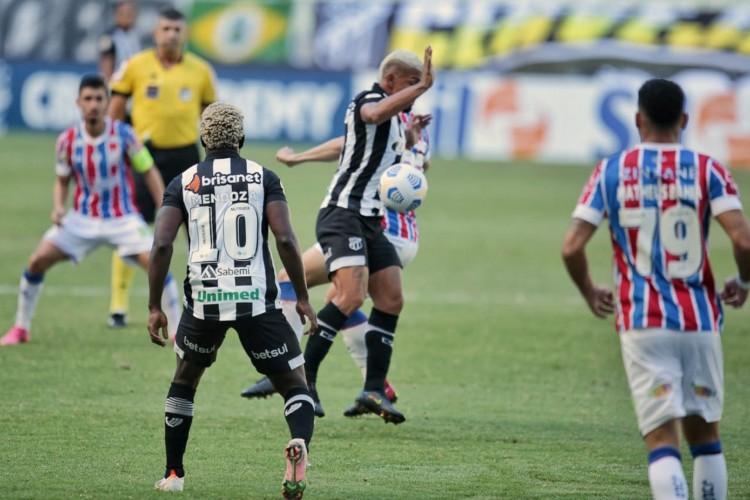 Partida entre Ceará e Bahia, pela quarta rodada do Brasileirão 2021 (Foto: Aurélio Alves/O POVO)