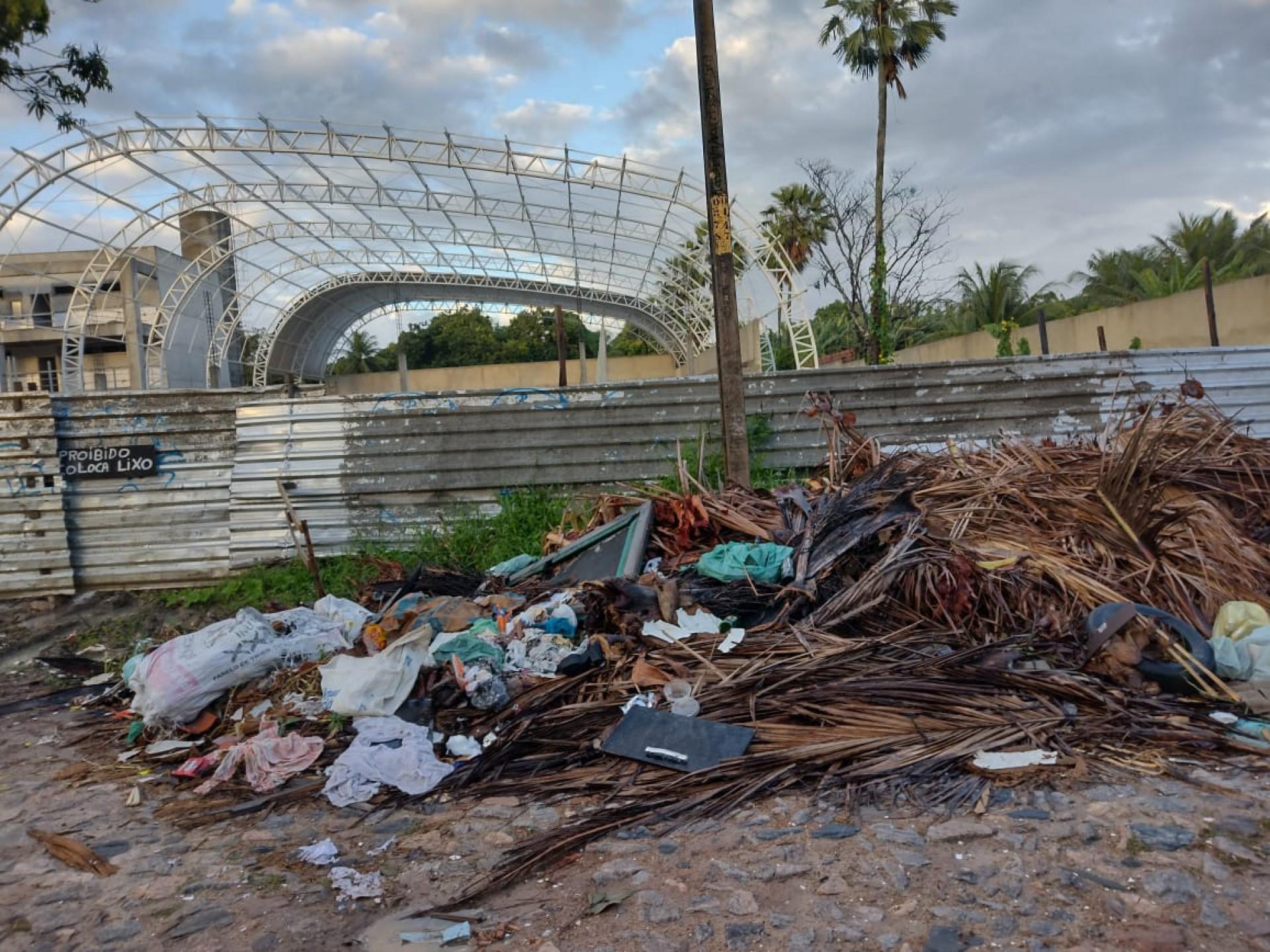 Fortaleza continua registrando pontos de lixões