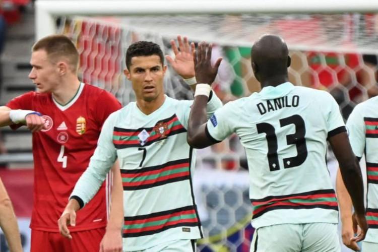 Portugal de Cristiano Ronaldo joga contra a Bélgica, em um dos jogos da Eurocopa 2021 de hoje, domingo, 27 de junho (27/06) (Foto: Attila Kisbenedek/POOL/AFP)