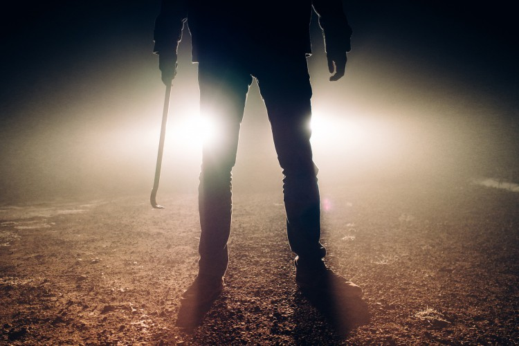 Serial killers têm uma forma de atuação própria, e costumam planejar seus crimes. (Foto: Pixabay)