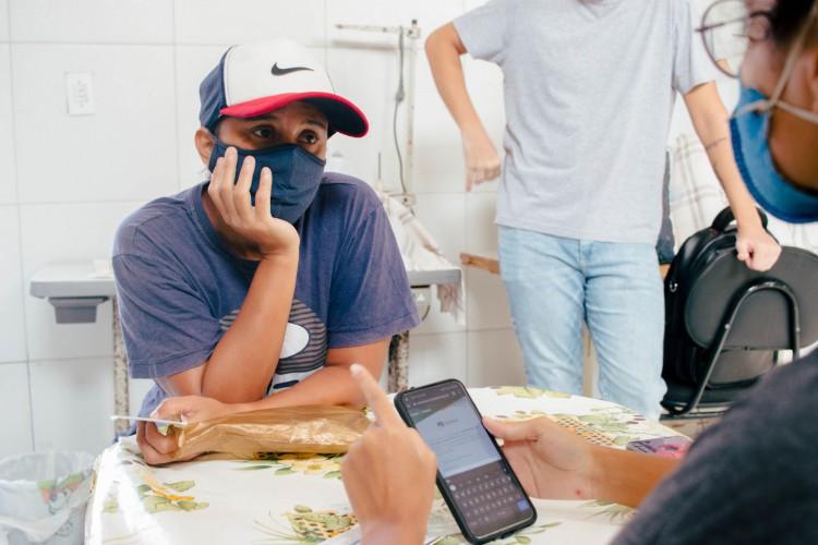 Mensagem de agendamento estava sendo enviada via WhatsApp aos cadastrados em Fortaleza (Foto: Fernanda Barros)