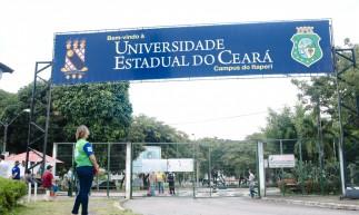 FORTALEZA, CE, BRASIL, 20-06-2021: Final de semana de vestibular da UECE, no  Campus Itaperi. (Foto: Fernanda Barros/ Especial para O Povo)