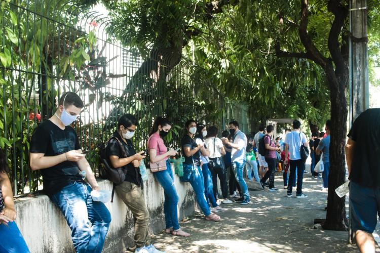 Estudantes podem conferir o resultado da primeira fase da Uece no site da instituição (Foto: Fernanda Barros)