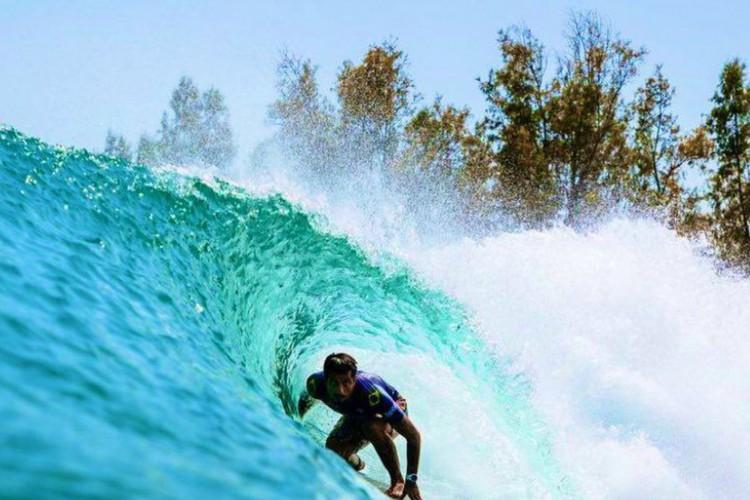 Filipe Toledo supera Medina na final e fatura título do Surf Ranch Pro (Foto: )
