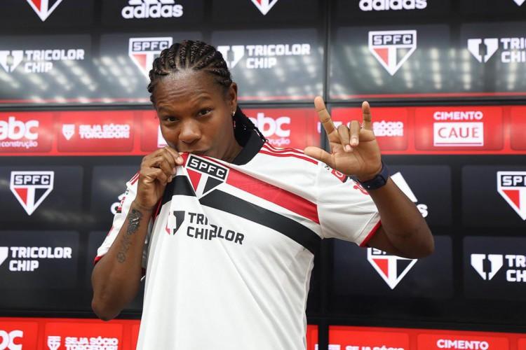 Prestes a participar da sétima Olimpíada, Formiga chega ao São Paulo (Foto: )
