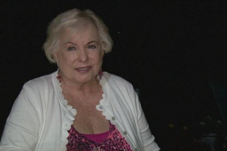 A idosa descobriu um valor exorbitante em sua conta bancária nesta semana (Foto: Reprodução/NBC)