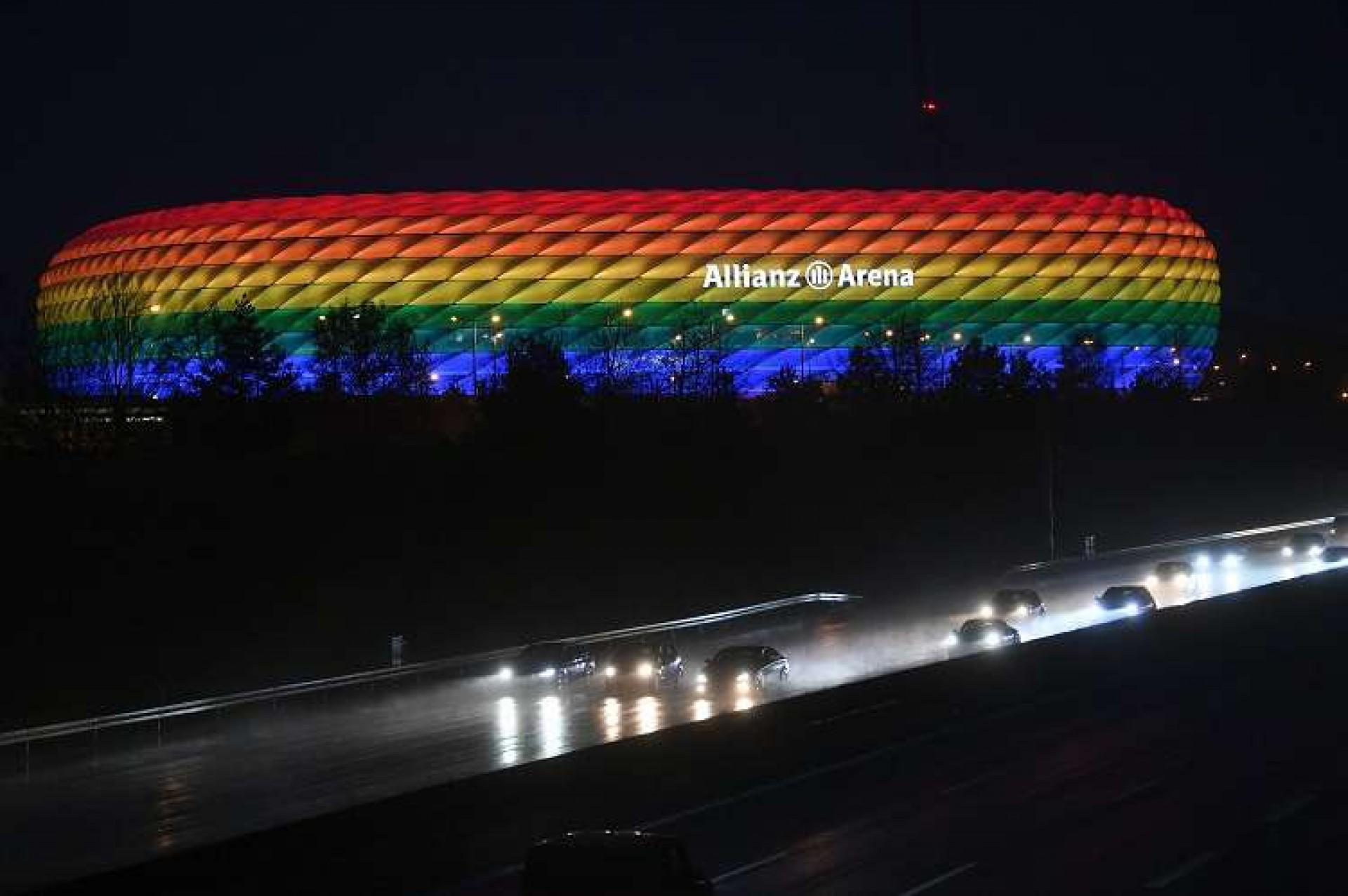 Uefa rejeita iluminação com as cores do arco-íris em estádio de Munique para Alemanha x Hungria (Foto: Andreas Gebert / Pool / AFP)