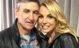 Britney quer retomar controle de sua fortuna