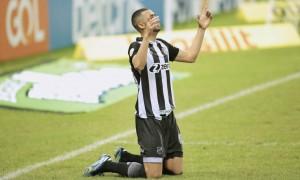 Gol decisivo e estatísticas positivas: como foi a atuação de Lacerda contra o Atlético-MG