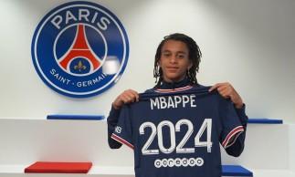Ethan Mbappé, irmão mais novo de Kylian Mbappé, assinou contrato com o PSG
