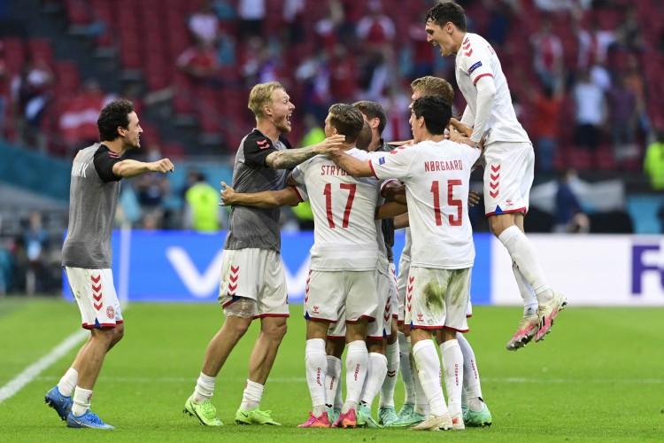 Dinamarca goleou País de Gales e está nas quartas de final da Eurocopa (Foto: Olaf Kraak  / AFP)