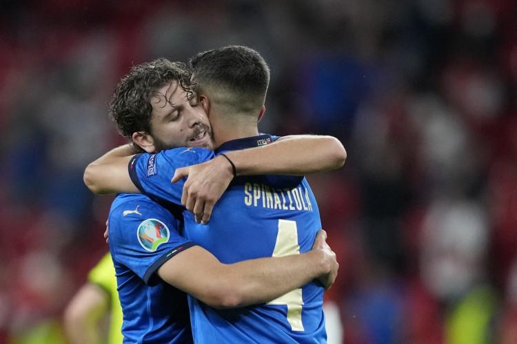 Itália venceu Áustria e avançou às quartas de final da Eurocopa (Foto: Frank Augstein / AFP)