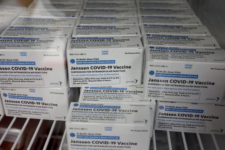 Mais 942 mil doses da vacina da Janssem chegam ao Brasil (Foto: )