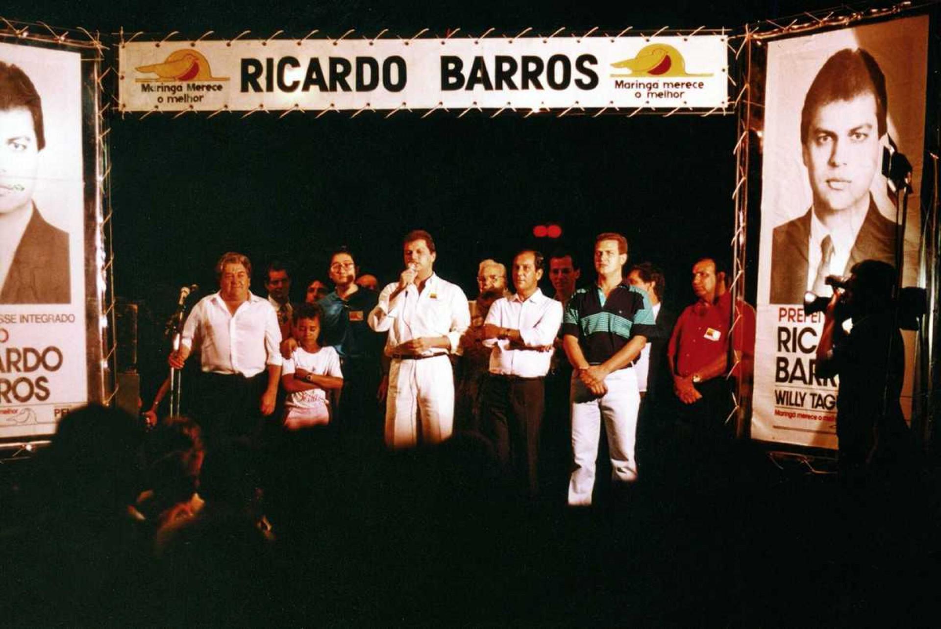Ricardo Barros em campanha para prefeito de Maringá, no Paraná