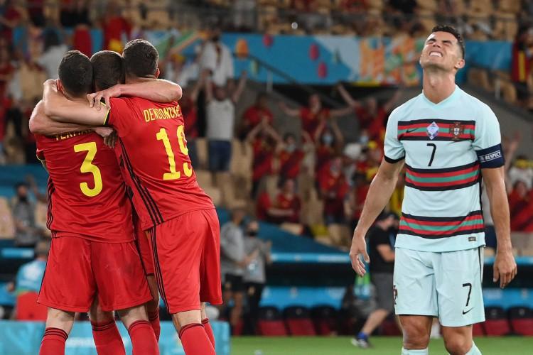 Bélgica venceu Portugal de Cristiano Ronaldo por 1 a 0.  (Foto: Lluis Gene/Pool/AFP)