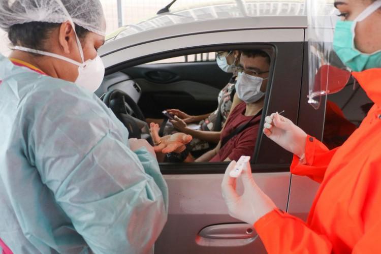 Número de brasileiros com primeira dose de vacina supera 70 milhões (Foto: RENATO ALVES)