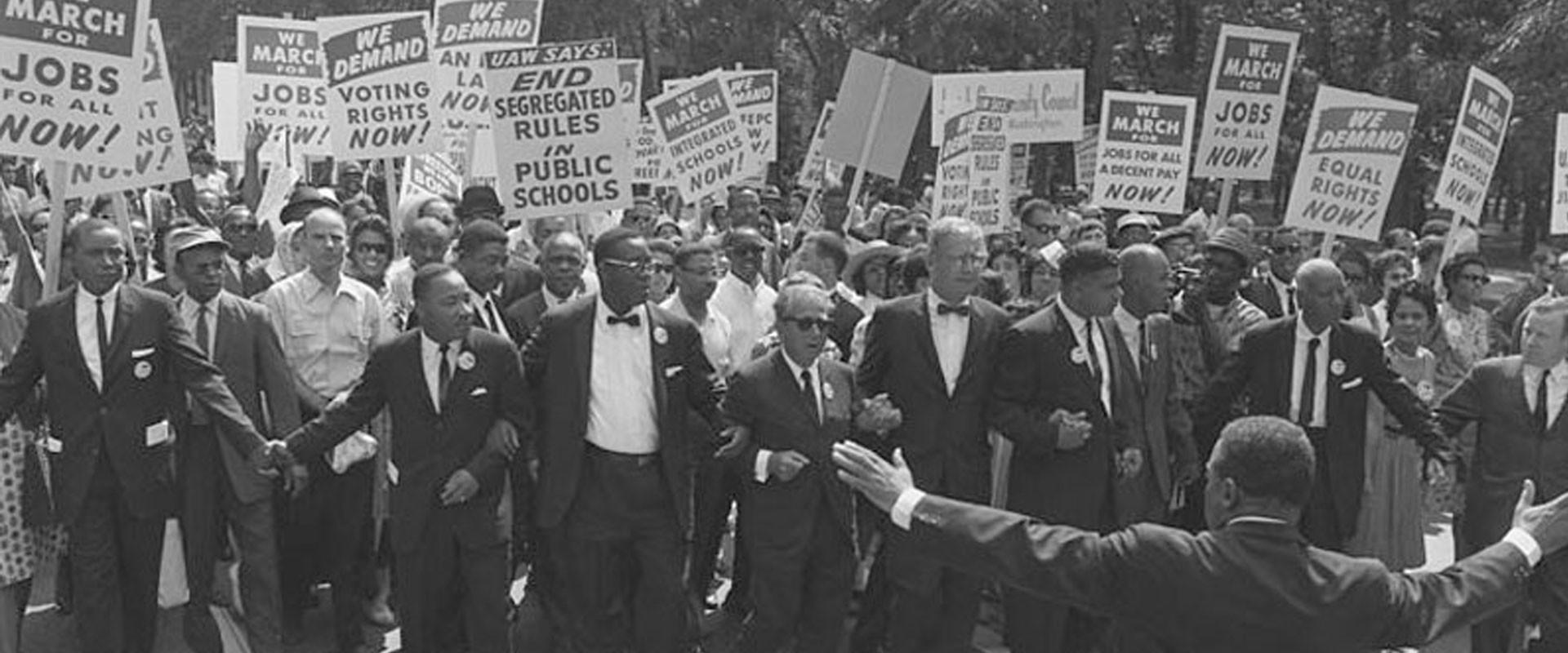 Agora vamos lá: na década de 60, os movimentos negro e feminista já estavam se consolidando politicamente