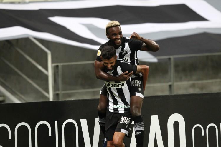 O Ceará terá duas partidas seguidas fora de casa para encerrar a marca de não vencer como visitante  (Foto: FABIO LIMA/O POVO)