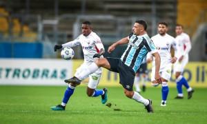 Obrigação de vencer e o risco de sair do G4: o cenário do Fortaleza para enfrentar o Grêmio em casa