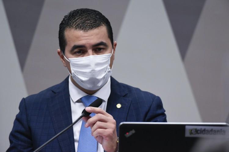 Luiz Miranda aparece em sessão da CPI e gera tumulto  (Foto: Jefferson Rudy/Agência Senado)