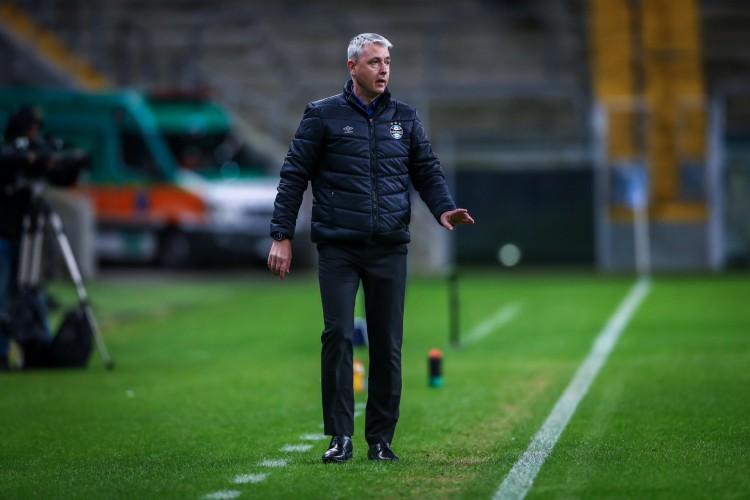 Técnico Tiago Nunes foi demitido do Grêmio sem ter vencido nenhum partida no Campeonato Brasileiro (Foto: Lucas Uebel/Gremio FBPA)