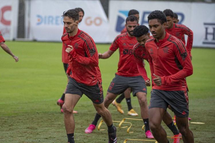 Flamengo tenta retomar caminho das vitórias contra o Cuiabá (Foto: )