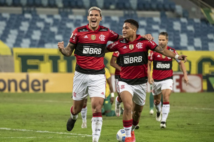 Pedro e Thiago Maia garantem vitória do Flamengo sobre Cuiabá (Foto: )