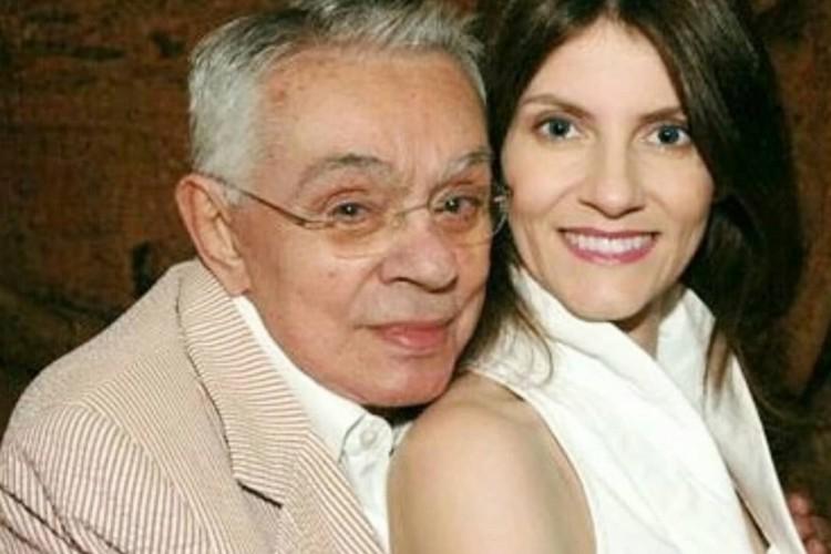 A escritora e o humorista foram casados por 15 anos até a morte dele (Foto: Reprodução/Instagram)
