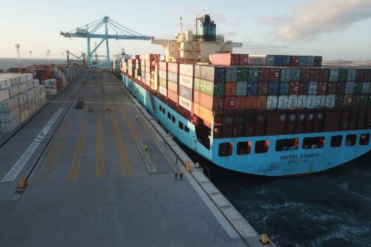 Movimentação de cargas no Porto do Pecém (Foto: Divulgação)