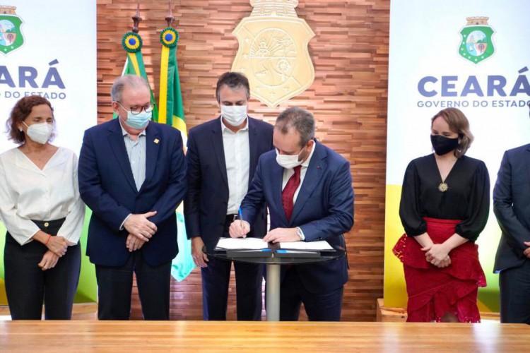 Governo do Ceará firma parceria com multinacional Comexport para início da construção de centro de importação, primeira obra do hub de comércio exterior do Pecém (Foto: Reprodução / Redes Sociais)