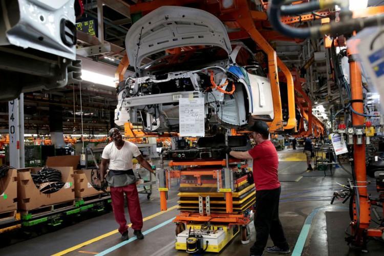 CNI aumenta previsão de crescimento da economia para 4,9%, neste ano (Foto: )