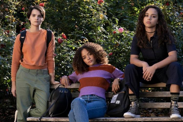 Série Gatunas, da Netflix, é uma adaptação de um livro juvenil (Foto: Divulgação)