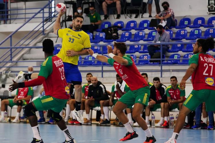 Olimpíada: seleção brasileira de handebol vence Portugal em amistoso (Foto: )