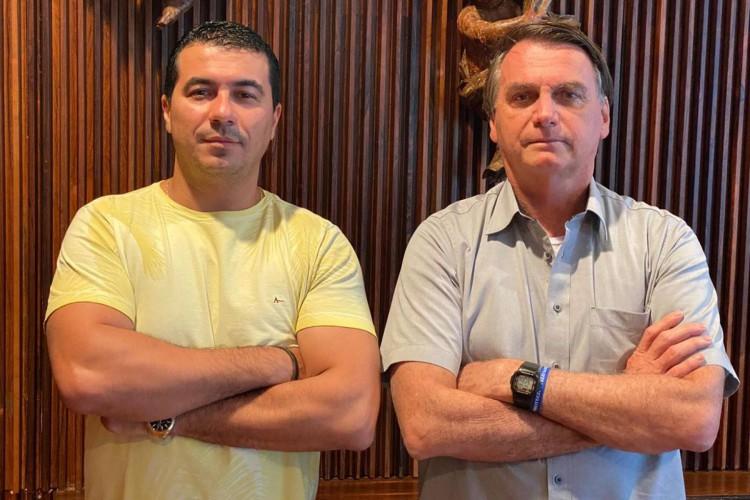 Deputado federal Luis Miranda e Jair Bolsonaro em encontro no dia 20 de março de 2021. Na ocasião, o deputado teria alertado o presidente sobre supostas irregularidades na compra da vacina indiana Covaxin (Foto: Divulgação/Luis Miranda )
