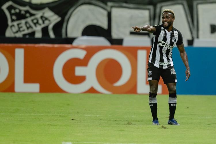 Liberado pelo STJD, Mendoza pode voltar a atuar pelo Ceará na Série A (Foto: Aurelio Alves)