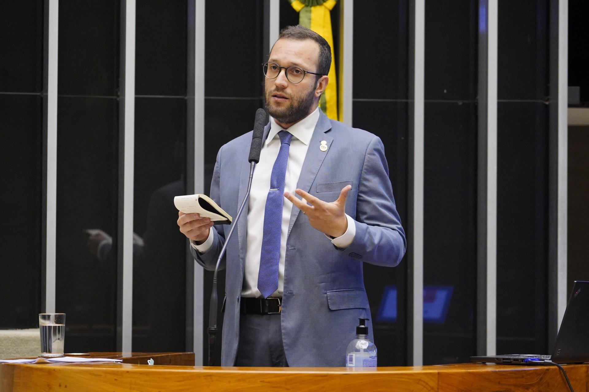Filipe Barros, bolsonarista e relator da PEC (Foto: pablo valadares/agência câmara)