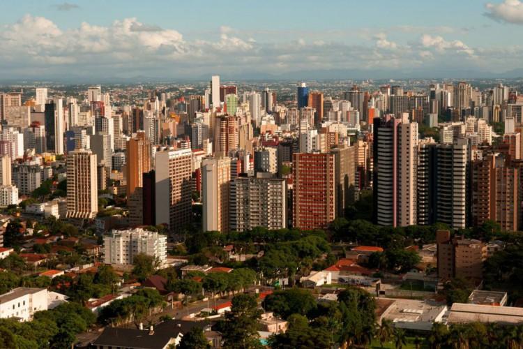 13,1% dos municípios que declararam que tiveram dificuldades para completar o esquema vacinal de duas doses por falta de imunizantes (Foto: Renato Soares/ MTUR)