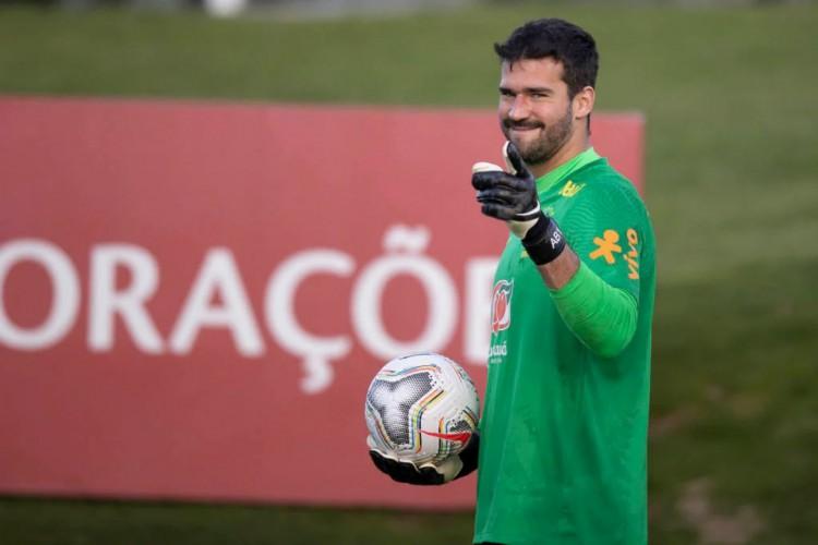 Alisson é o favorito para permanecer como titular da Seleção Brasileira (Foto: Lucas Figueiredo/CBF)