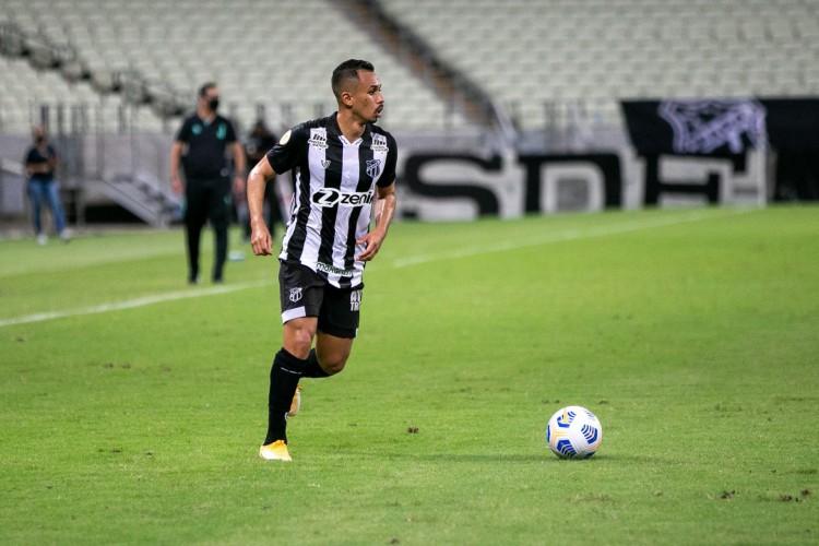 Lima é o jogador do Ceará com mais participações diretas em gols no Brasileirão, com dois tentos e três assistências (Foto: Felipe Santos/CearaSC)