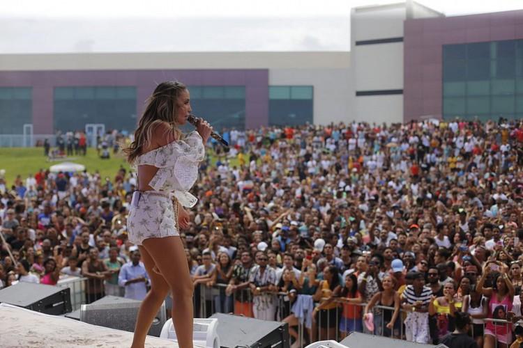 A ideia é que o teste ocorra no Centro de Convenções municipal, na Orla da Boca do Rio  (Foto: Marina Silva/Arquivo Correio)