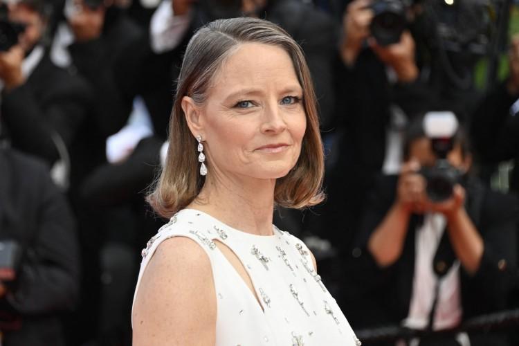 Jodie Foster chega para a 74ª edição do Festival de Cannes (Foto: MACDOUGALL / AFP)