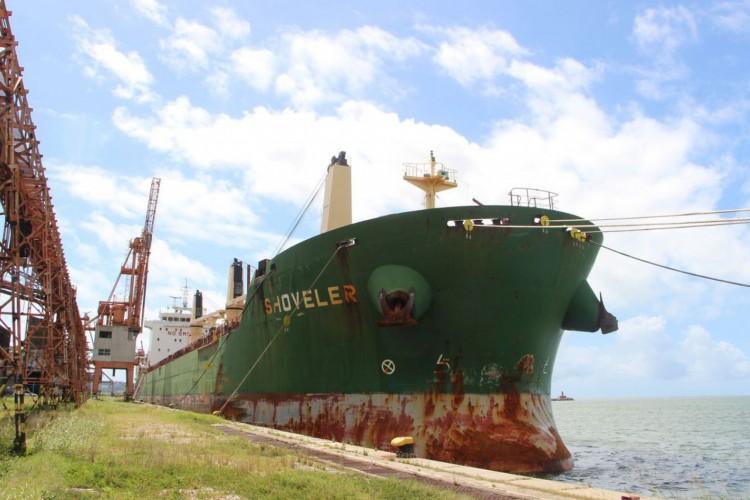 Tripulantes de navio atracado no Recife testam positivo para covid-19 (Foto: )