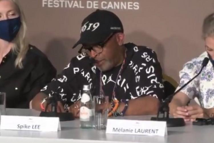 Spike Lee chama Bolsonaro de gângster durante abertura do Festival de Cannes 2021 (Foto: Reprodução/Twitter)