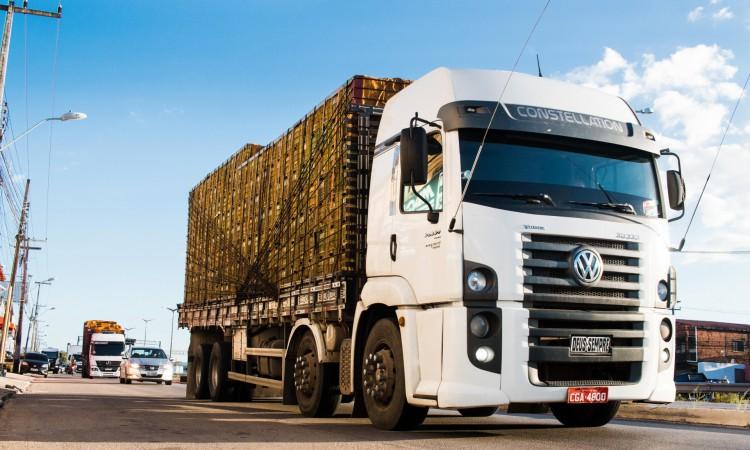 Caminhoneiros autônomos já realizaram paralização no último dia 14 de julho, na CE-155, estrada de acesso ao Porto de Pecém.