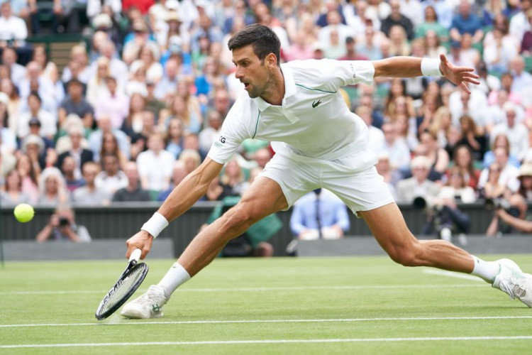 Novak Djokovic alcança 10ª semifinal em Wimbledon (Foto: )