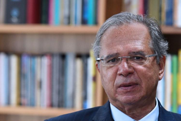 Guedes defende pagamento de imposto por mais ricos (Foto: )