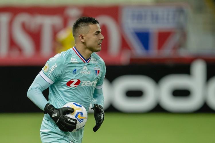 Felipe Alves se recupera de lesão na coxa esquerda  (Foto: Aurelio Alves)